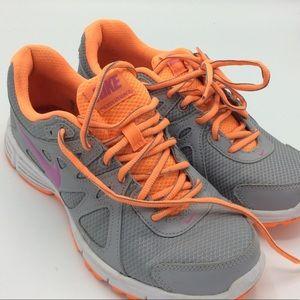 Women's Gray & Orange Nike Sneakers Size 8